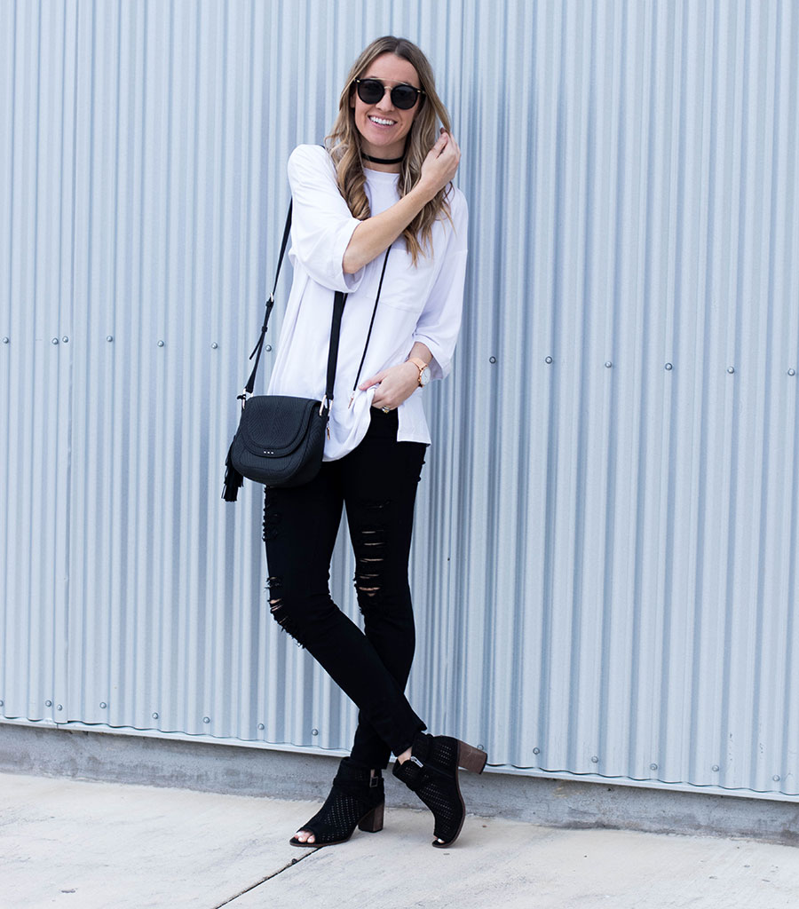Black and White Cozy Chic & A Giveaway!