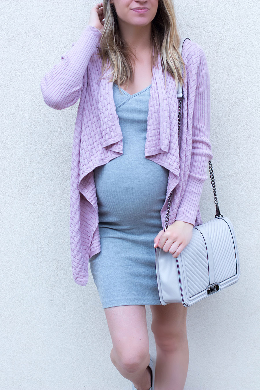 how to pick the best maternity dress