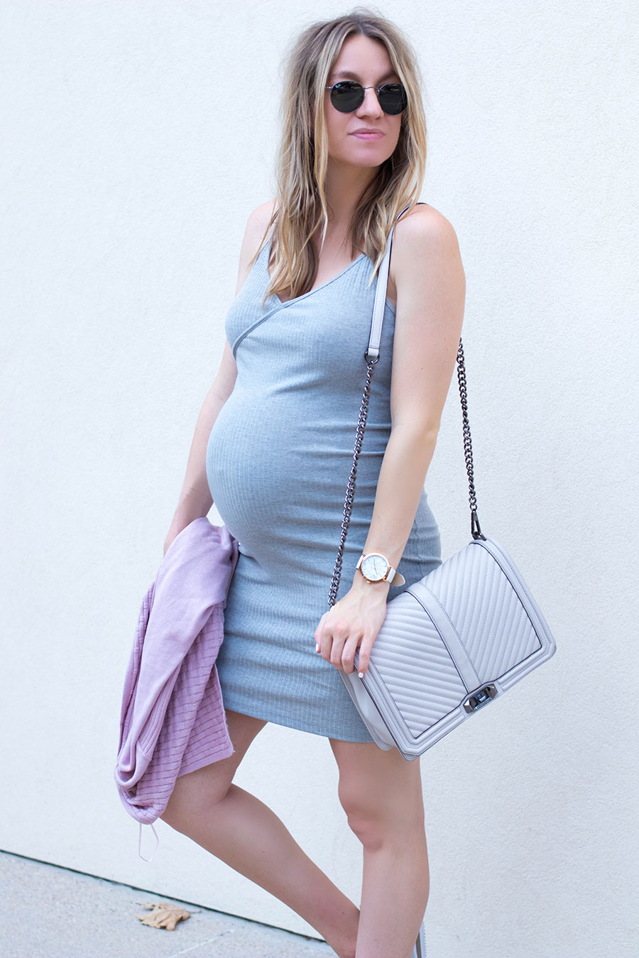 496ebf801ba49 How To Pick The Best Maternity Dress & Feel Confident When Pregnant