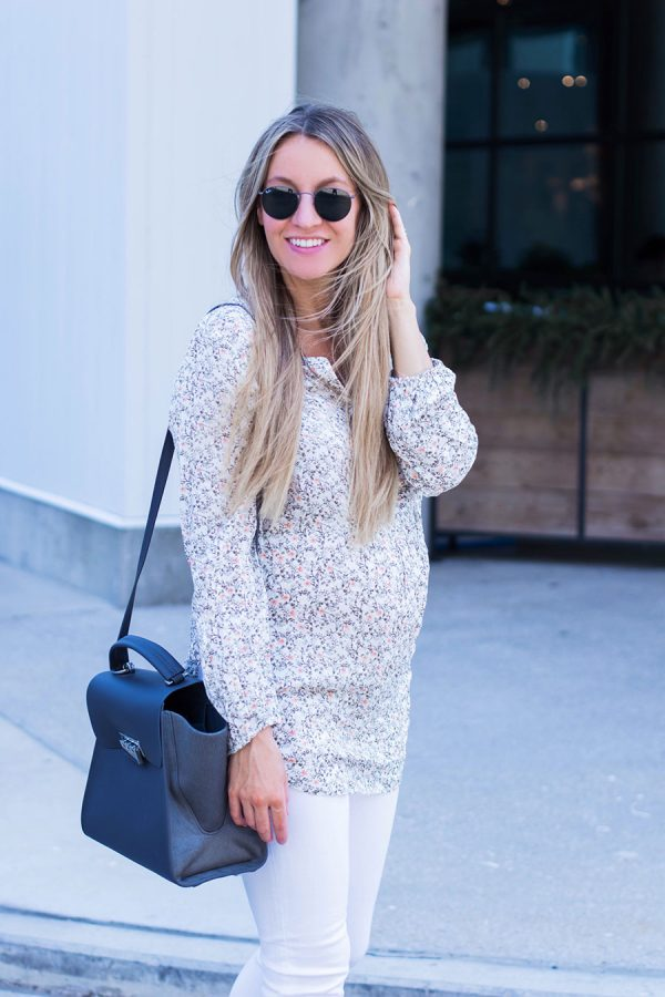 summer outfit; floral tunic and white jeans