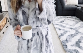 Holiday Gift Guide For Her: Cozy Girl Under $50
