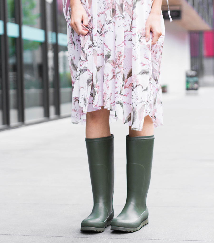 dress with rain boots