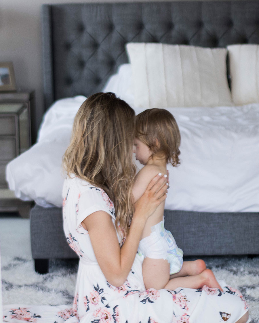top motherhood apps for new moms - My Top 5 New Mom Apps by Austin mom blogger Life By Lee
