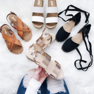 THE PERFECT SANDALS FOR SPRING AND SUMMER