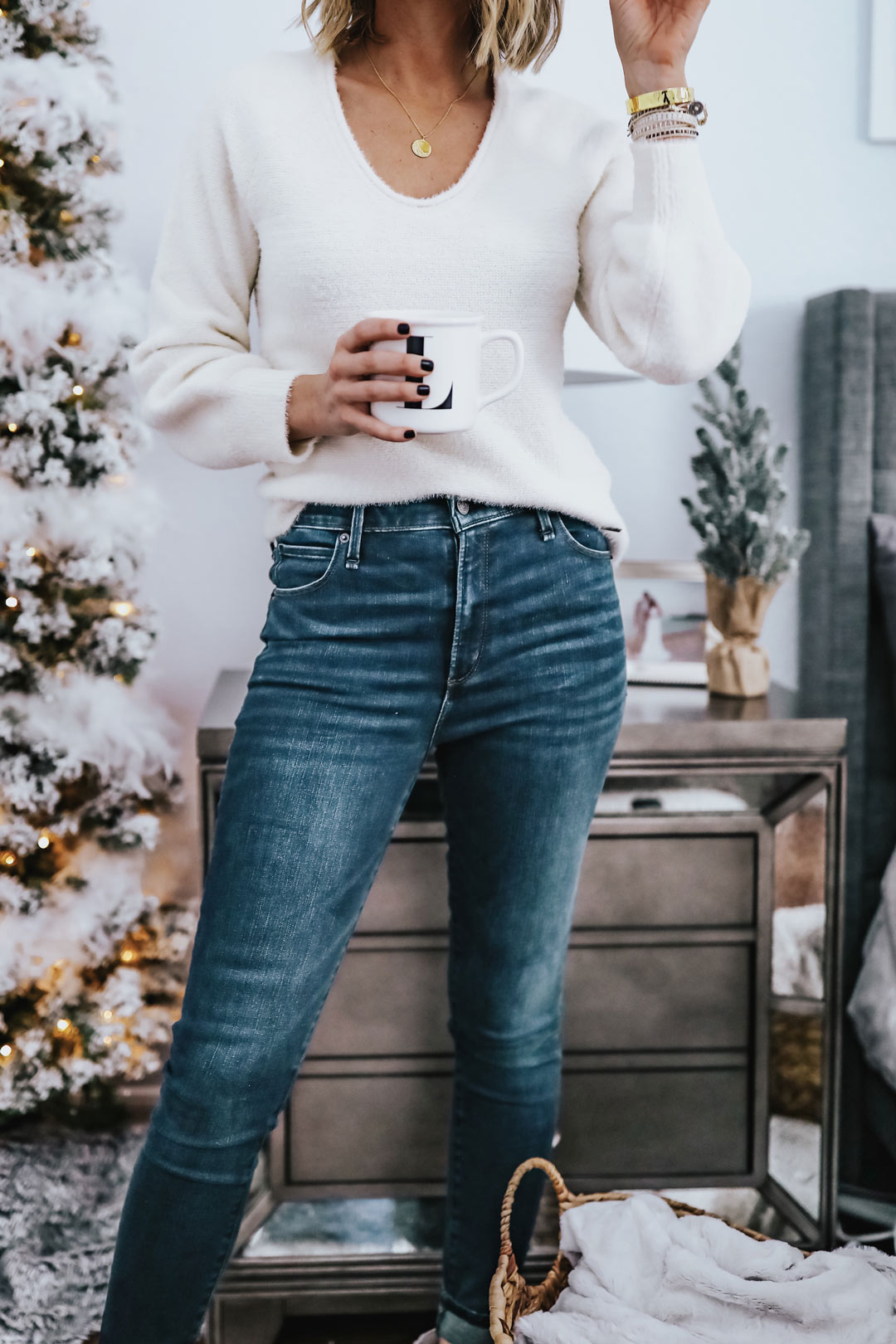 white abercrombie sweater